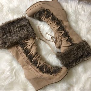 New REPORT BOOTS SIZE 7